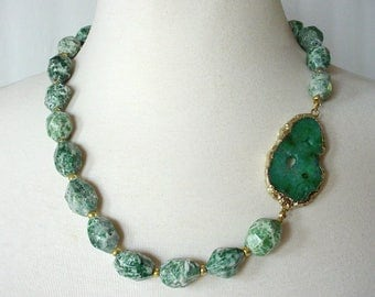 Emerald Green Statement Necklace, Gemstone Statement Necklace, Asymmetrical Necklace, Druzy Agate Necklace, Big Chunky Necklace