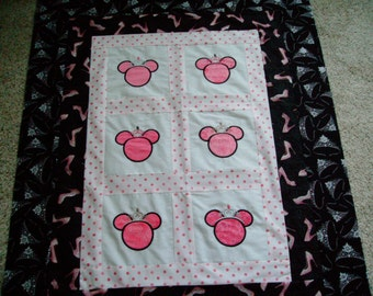 Disney quilt   Etsy : minnie mouse quilt panel - Adamdwight.com