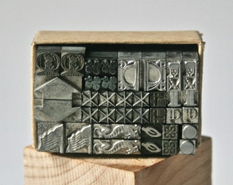 Vintage Letterpress Ornaments or Dingbats in Pairs for Printing Stamping and Clay Stamping