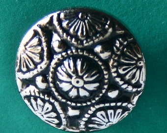 Ornate Silver Round Buttons for Sewing and Craft Projects
