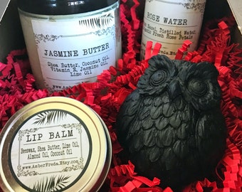 Gift Box - Natural Bodycare and Bath Products - Perfect Finished Gift Idea - Made with All Natural Bath & Beauty Products