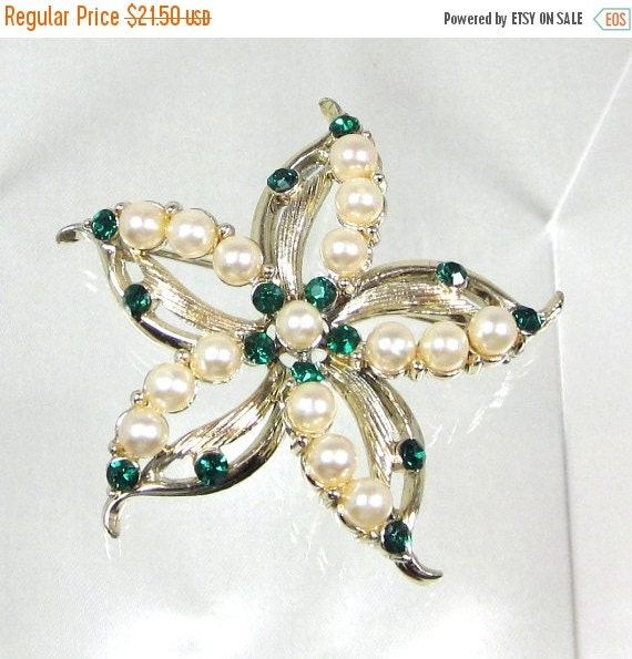 Sale Pre Holliday Vintage Emerald Rhinestone and Faux Pearl Flower Brooch Pin, Signed By Designer