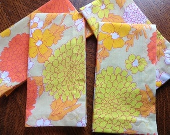 Cloth Dinner Napkins, Set of 4 , Dinner Napkins, Retro Design, Orange, Yellow