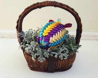 Easter Egg/Ribbon Easter Egg Ornament/Artichoke Egg