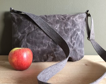 taupe grey waxed canvas crossover bag - waxed cotton bag - grey shoulder bag - sturdy minimal everyday bag - zipper closure messenger bag