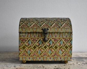 Vintage Baret Ware English Metal Tin Treasure Chest Jewelry Box Planter