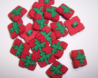 "10 Red and Green Mini Present Shank Buttons Size 1/2""."