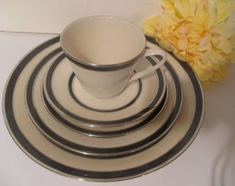 Lenox Venture 5 Piece Place Setting USA