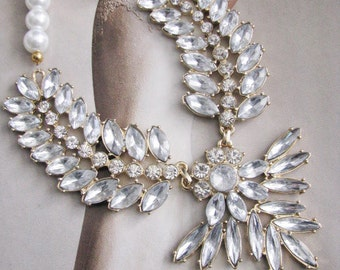 Sparkle Statement Wedding Necklace in Gold tone Great Bridal Wedding Jewelry Pageant Jewelry
