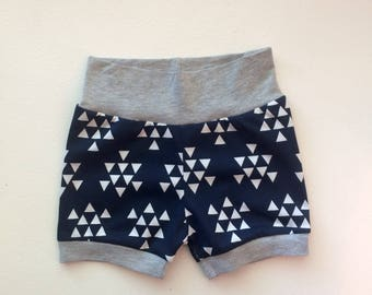 Hipster Baby Shorts / Baby Girl Shorts / Baby Boy Shorts / Bubble Shorts / Navy and Gray / Triangle