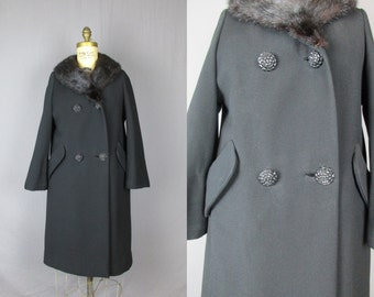 Black Wool Coat w/ Fur Collar/ 1960s / medium / winter jacket womens new york warm