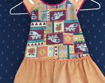 Child's apron - angels, flowers and stars - size 3-4
