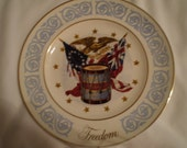 Wedgewood Avon Freedom Plate 1974 Patriotic, Antique, Victorian, Country, Military, Shabby Chic, American, Bohemian, Unique, Eclectic, Retro