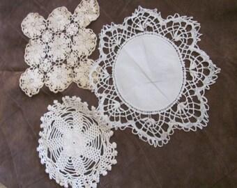 Lot of 3 Vintage Handmade Linen Crocheted Doily Doilies (#26B)
