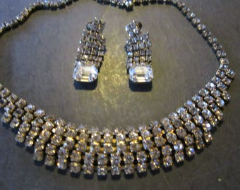 rhinestone choker and earrings prong set stones gorgeous
