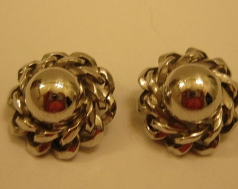 Whiting & Davis Silver Tone Metal Clip On Earrings