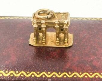9k Gold Charm Bracelet Charm Marble Arch London Vintage Souvenir