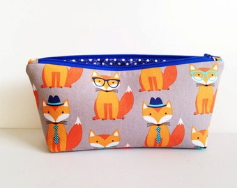 Foxy, small zippered pouch, zippered bag, a cosmetic bag, makeup case
