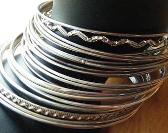 Set of 24 ultra thin bangles