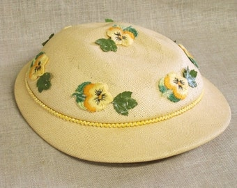 Ladies Hats , Womens Hats , Spring Hat , Easter Hats , Mid-Century , Woven Straw Hat , Organic Material , Scull Cap , Flowers , Floral , Hat