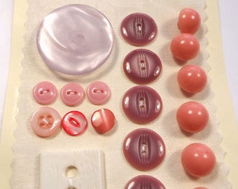 Vintage buttons - shades of pink and purple (Ref B38)