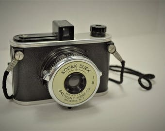 Vintage Kodak Duex Camera in Excellent Condition.  Originated in the 1940's