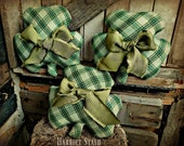 Primitive Shamrock ornaments | Shamrock bowl fillers | Shamrock ornaments | St. Patricks decor  | Irish decorations