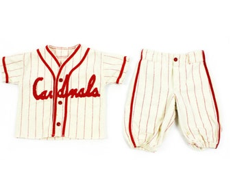1930s-40s Cardinals Baby Outfit