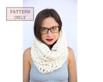 Crochet pattern, knit pattern, Chunky Knit Scarf, White Winter Scarf, Winter scarf, Hooded cowl, Chunky hooded cowl, infinity scarf