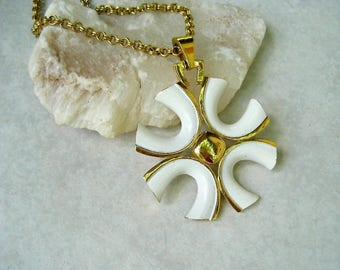 Vintage Trifari Pendant Necklace White Enamel Gold Tone Modernist Maltese Cross