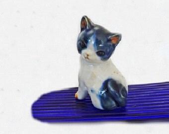 Vintage Cat Figurine, Kitten Figurine, Home Decor, Cat Decor, Cat Collectble, Vintage Decor, Porcelain Figurine