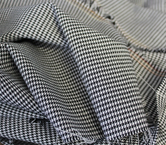"Wool blend fabric,Apparel fabric,Small herringbone fabric,Black and white herringbone fabric,END OF BOLT 1 Yard 17"" x 44"" Wide"