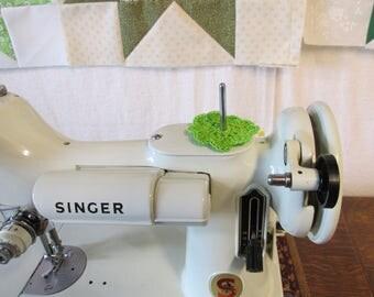 Spool Pin Doily (Lime Green)