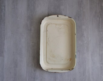Vintage Pale Yellow Enamel Rectangle Baking Dish with green trim