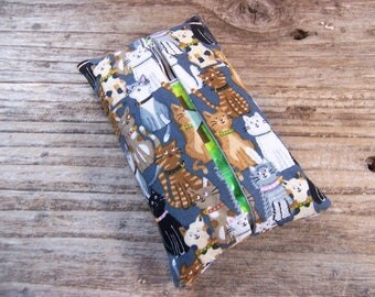 Kleenex travel tissue case in fabric with cute cat , pocket tissue holder, travel tissue, kleenex case in black with cats, small gift,kitten