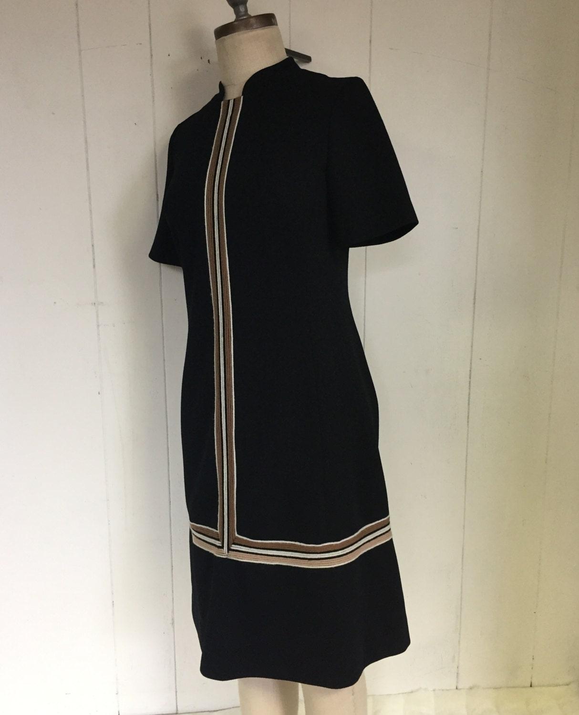 60's EDITH FLAGG Mod Black Striped Chic Boxy Retro Yarn Dress