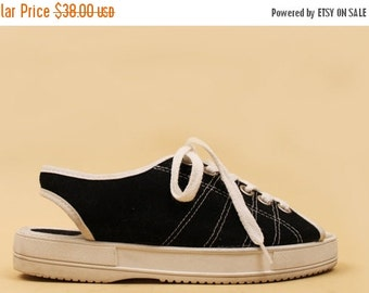 90s Vtg Black + White Lace Up Tennis Shoe Slingback SPORTY Flats / Athletic Goth GRUNGE Club Kid 9&Co 7 Eu 37.5 37