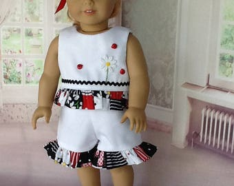 18 inch doll shorts and top.  Fits American Girl Dolls. Daisies and ladybugs.
