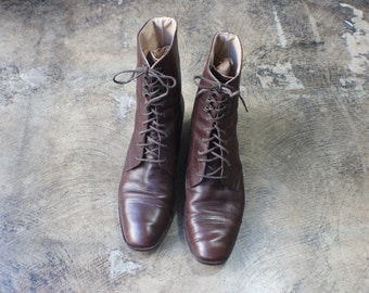7 1/2 M / Lace Up Ankle Boots / 90's Brown Leather Boots / Women's Vintage Shoes / Vintage Heeled Boots