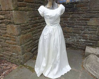 Vintage women's dress wedding prom formal bridal 1950's retro ivory clothing rockabilly pageant