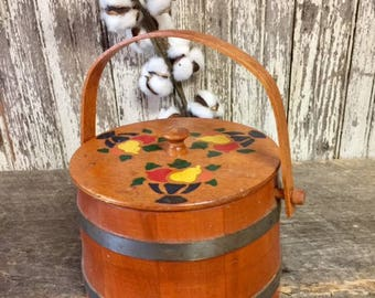 Vintage Wood Wooden Bucket Sugar Fickin/Lid Putney Basketville Vermont Sewing Snacks Abx
