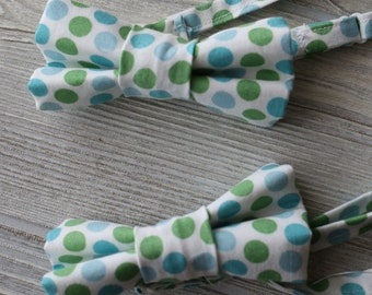 Boys polka dot bow tie made for newborn to age 12.