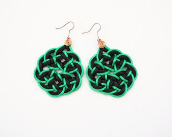 Asian style earrings, black and green earrings, statement earrings, green and black earrings, knot earrings, japanese knots macrame earrings