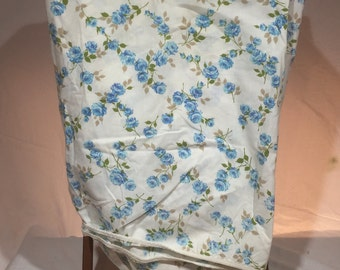 Vintage, sheet, double or full fitted floral sheet, blue flowers, blue roses, bedding, linens, fabric, fitted sheet, vintage sheet, Bonnie
