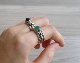 Vintage 70's Green Jade Oval Cabochon Hippie Ring (Adjustable)