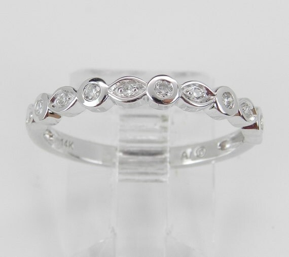 14K White Gold Diamond Wedding Band Anniversary Ring Size 7 Round Bezel Set Stackable
