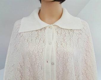 60's ,70's  Fringed  Sweater Poncho // Vintage Flower Lace Caplet // Vintage Shawl