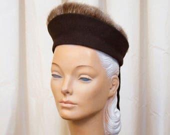 SPRING SALE 1940's Hat // Fur Trimmed Brown Wool Hat