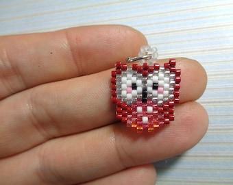Red owl charm, beaded owl, owl keychain, beaded keychain, beaded charm, brick stitch charm, beaded necklace, peyote stitch, owl charm