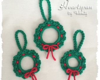 Set of 3 Mini Wreath Christmas Ornaments or Gift package decorations, Christmas Tree Ornaments, Crochet Ornament, Wreath,